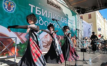 Минчане отгуляли на фестивале «Тбилисоба-2017», который за сутки посетили 55 тысяч человек