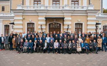 Юбилейный 100-ый сезон Купаловского театра